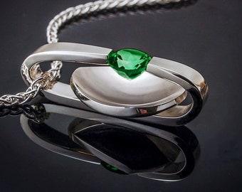 statement necklace - green topaz - Argentium silver - artisanal jewelry - bold - modern pendant - tension set - 3502