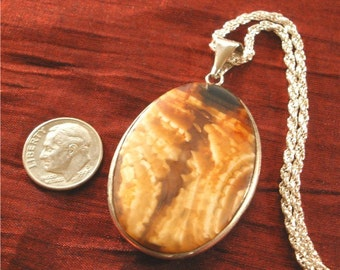 Mother Gifts for Mom Jewelry, Agate Pendant with Chain - Mom Gift for Her NK43