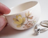 BRIDAL SHOWER GIFT flower ring dish wedding ring ceremony ring bearer dish ring pillow wedding gift engagement ring warming dish
