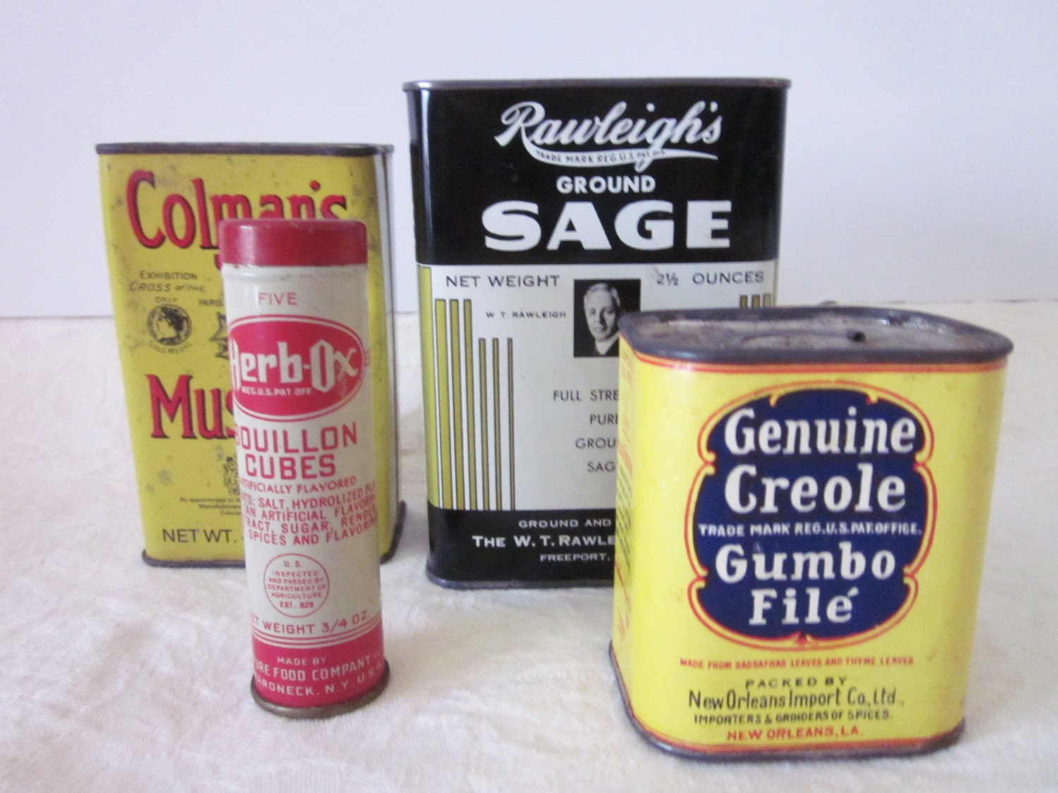 Vintage kitchen spice tins sage herb ox bouillon for Retro kitchen set of 6 spice tins