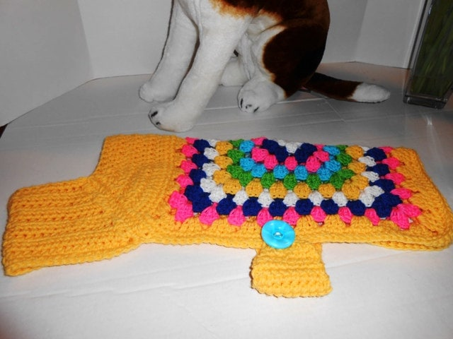 Free Crochet Granny Square Dog Sweater : Crochet Granny Square Dog Sweater Easy to put on Hand made
