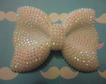 Kawaii big white bow with rhinestone cabochon   USA seller