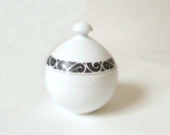 Vintage Ben Seibel Sugar Bowl… Mikasa Pivotal, Noir, 5003, Mid Century White and Black Pottery, Ceramic, Porcelain MCM, Swirls, Curlicue