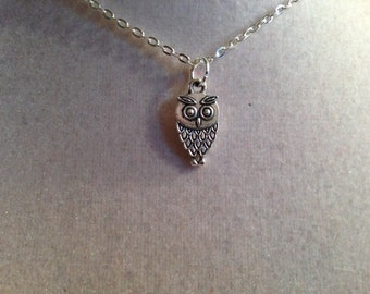 Owl Necklace - Silver Jewelry - Pendant Jewellery - Fashion - Boho - Everyday - Unique