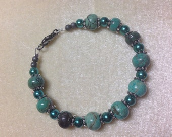 Turquoise & Teal Pearl Beaded Bracelet- Beaded Jewelry- Glass Pearls- Gifts for Her