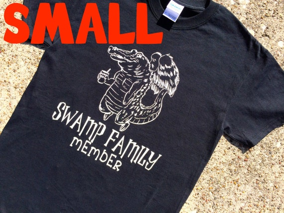 SMALL gator BLACK t-shirt
