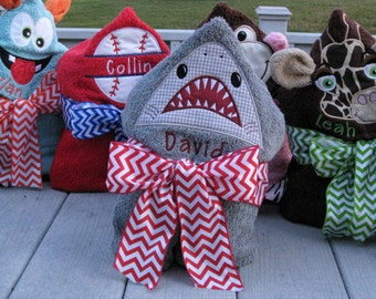 Personalized Hooded Towel - Shark