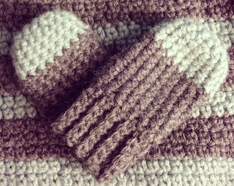 Mint & Gray Baby Mittens (thumbless)