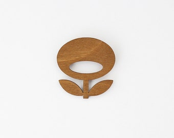 Wooden Brooche SNUG.FLOWER / oak