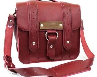"10"" Brooklyn Burgundy - Red Safari iPad Tablet Bag - 10-V-R-LAP"