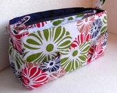 Purse insert- Diaper Bag organizer in Floral print on White fabric