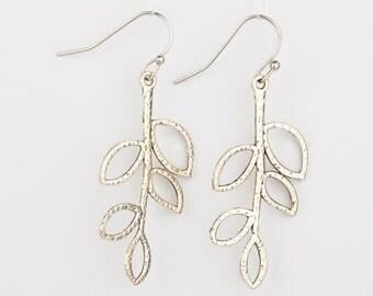 Dangling Leaves Silver Earrings