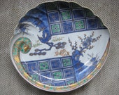 Blue Red Green and Gold Japanese Porcelain Shell Shaped Dish