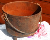 Antique Footed Cast Iron Cauldron - Old Rusty Hanging Kettle - Kettle Planter - Farmhouse Rustic Home Decor