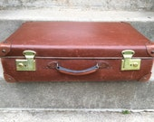 Vintage French tobacco brown travel hard case suitcase with keys bag circa 1960's / English Shop