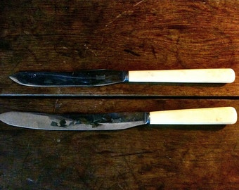 Vintage English long fish meat large carving knifes cutlery circa 1920/1930's / English Shop