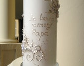 Wedding memorial candle in white with a glass candleholder, custom personalized memory candle, wedding reception