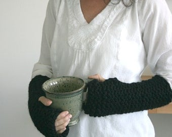 Wrist Warmers Knit Fingerless Gloves Texting Gloves in Black/THE ELKS