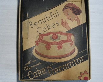 Vintage Aluminum Cake Decorator - Icer and 6 Tips - Original Box - Made in USA #2804 - 1930s
