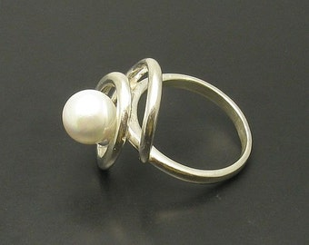 R000550 Sterling Silver Ring Solid 925  Spiral Pearl