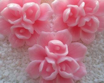 Resin Triple Bud Flower Cabochon - 39mm - 3pcs - Pink
