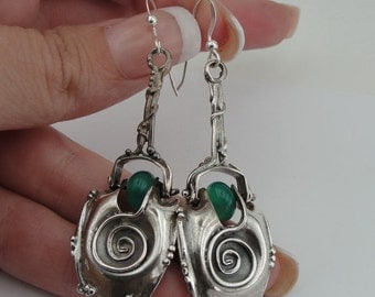 Totally Unique Sterling Silver Coil Design Green Agate Earrings