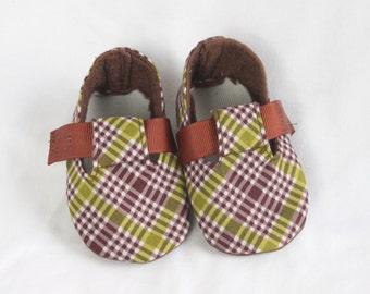 CRISS CROSS-Brown and Lime Green Checkered Baby Boy Bootie, Soft Sole, Golf, Toddler, Cloth