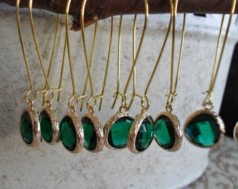 BRIDESMAID EARRINGS SET of 4 Pairs Emerald Green Glass Drop Earrings  // Faceted Glass // Gold  // Dangle // Bridesmaid // Bridal // Simple