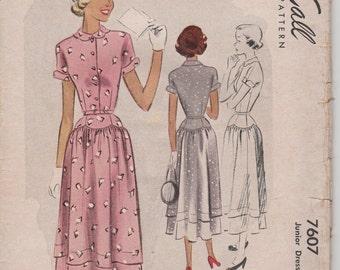 Bust 31=1949 Junior's Dress McCall Pattern 7607 Size 13