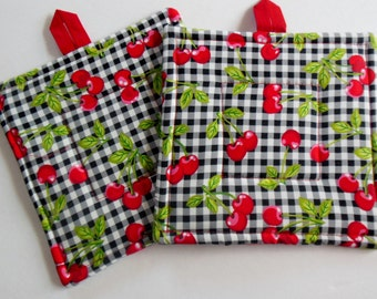 Potholders in Black and White Check