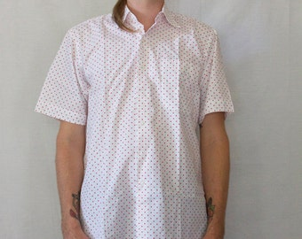 Red and white polka dot Maus and Hoffman size medium mens short sleeve shirt