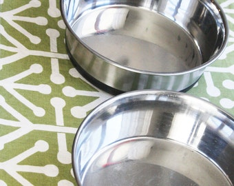 Pet Placemat in Green with Bones Design - Choose Large or Small Size