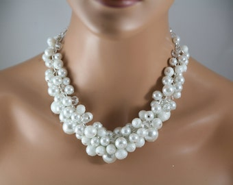 White pearl necklace in textured and glass pearls wedding jewelry/ chunky pearl necklace