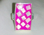 Vintage Hot Pink Mother of Pearl Inlaid Silver Ring - Size 8