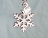 Snowflake Necklace, White Silver Snow Flake Necklace, White Snowflake, Silver Snowflake , Winter Jewelry, Christmas Gift Under 20