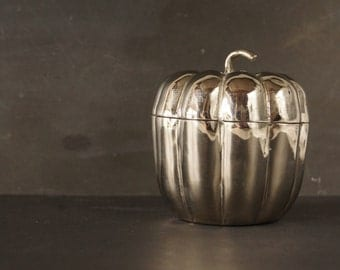 Vintage Silver-Plate Pumpkin Trinket Holder (c.1950s) - Collectible, Halloween Decor, Mexico Silver