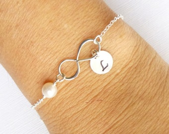 Infinite Love Bracelet with Personalized Initial-- 925 Sterling Silver with Freshwater Pearl -- Friendship -- Bridesmaids -- Mothers