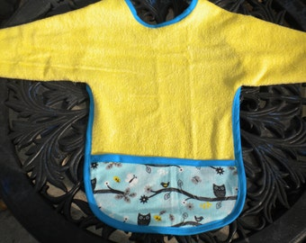 Little Owls Terrycloth Baby Bib with Sleeves and Crumbcatcher Pocket