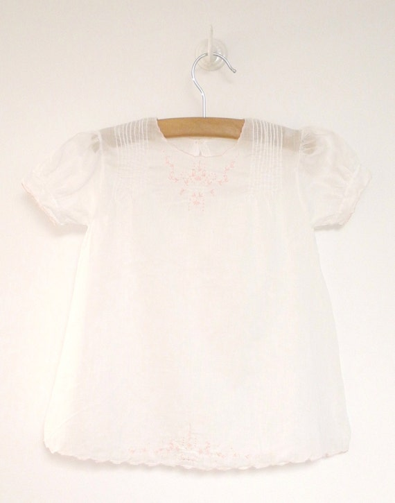 Vintage Baby Clothes, 1940's Pink and White Embroidered Baby Girl Dress, White Baby Dress, Vintage Baby Dress, Size 12 Months