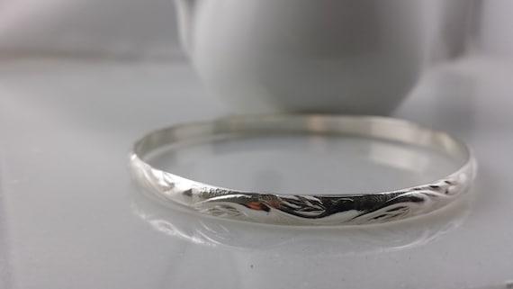 Sterling Silver Swirl Pattern Bangle Bracelet