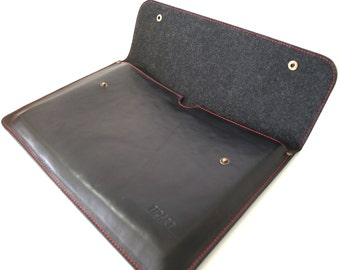 Handmade style case for 15 MacBook Retina sleeve, great quality genuine leather, personalized with initials, bag for laptop