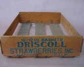 Vintage Driscoll Strawberry Crate -  Vintage 1940s