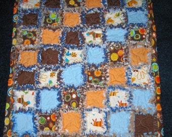 Sale - Boys Rag Quilt with 2 Robert Kaufman Fabrics