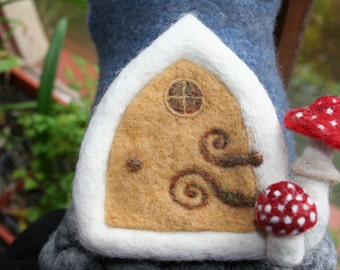 Felted FAIRY'S DOORS made and persponalised by order