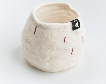 Textile Shapes, off-white with red decor no3