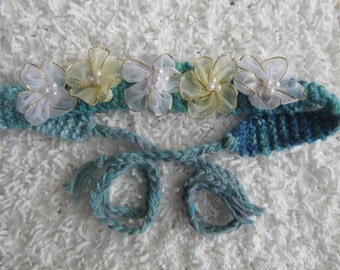 Turquoise Handnit Headband With Flowers