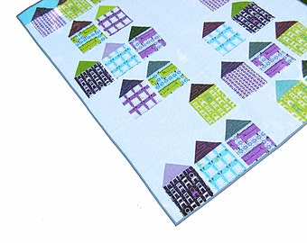 Lap quilt, modern geometric quilt, toddler quilt, baby quilt, baby blanket, nursery bedding, wall hanging - gender neutral - houses