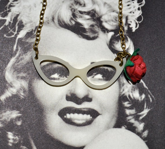 Glasses Necklace, 50s Style, Cat Eye Glasses, Red Paper Rose, Rockabilly Jewelry, Glasses Pendant, Fifties Style, Pin Up Style, Red Rose