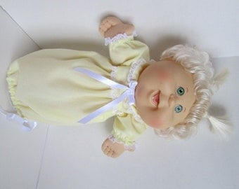 """14"""" Baby Cabbage Patch Yellow Nightgown"""