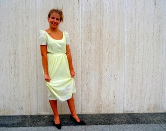 Vintage yellow cotton dress day dress